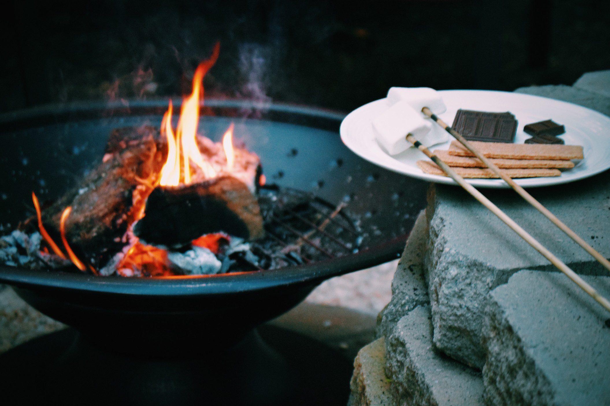 5 Best Campfire Dessert Recipes