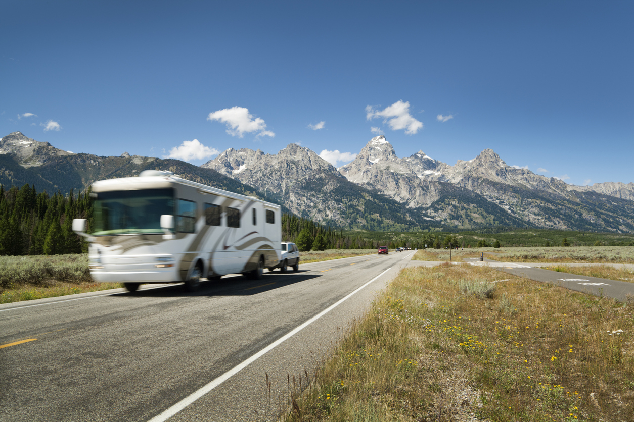 What is the RV 2/2/2 Rule?