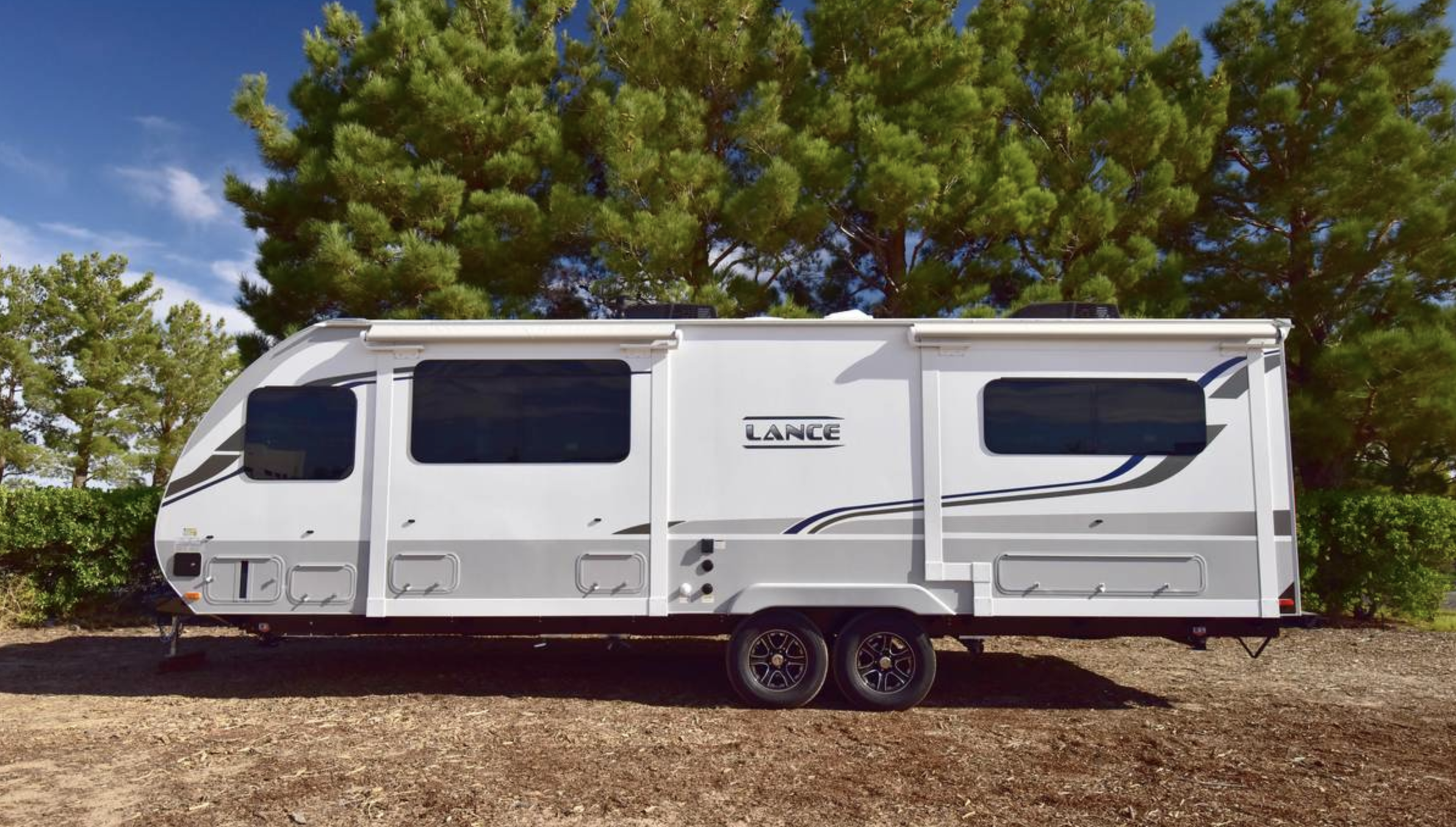 5 Best Lance Travel Trailers in 2021